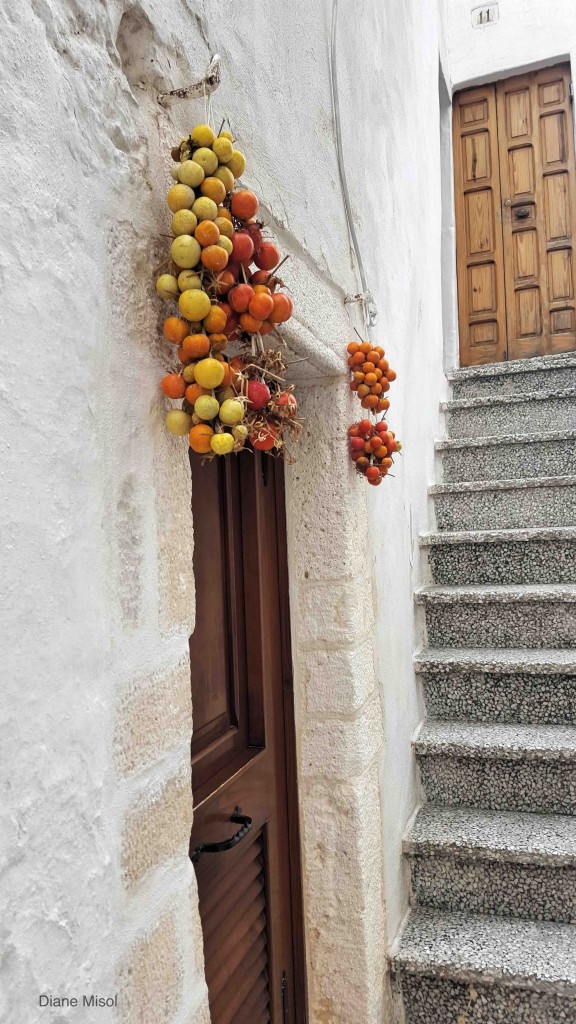 Doorway, Ostuni