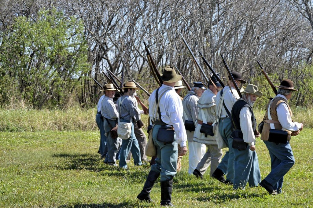 Volunteers head to war in The Battle of Okeechobee reenactment