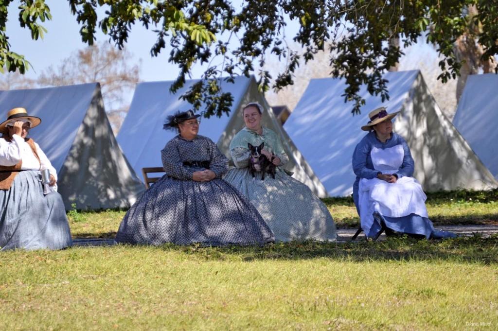 Battle Of Okeechobee, Women wait for return of soldiers