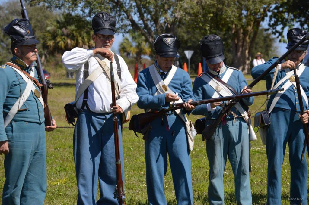 Preparing Guns, Battle Of Okeechobee, Florida