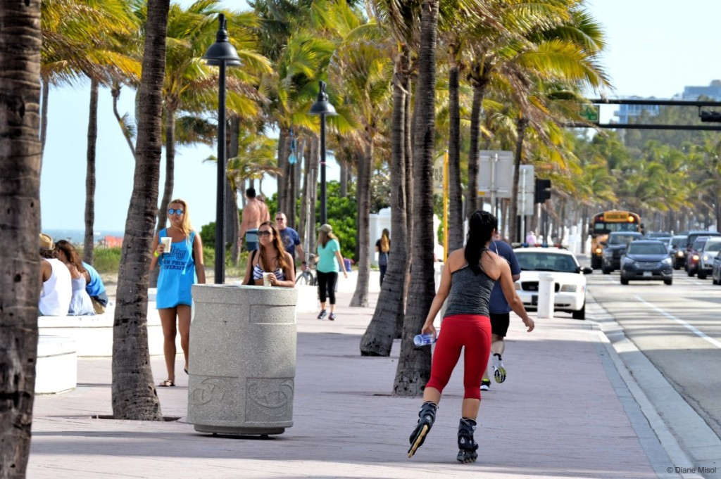 Roller Blading, Fort Lauderdale Beach, Florida, USA