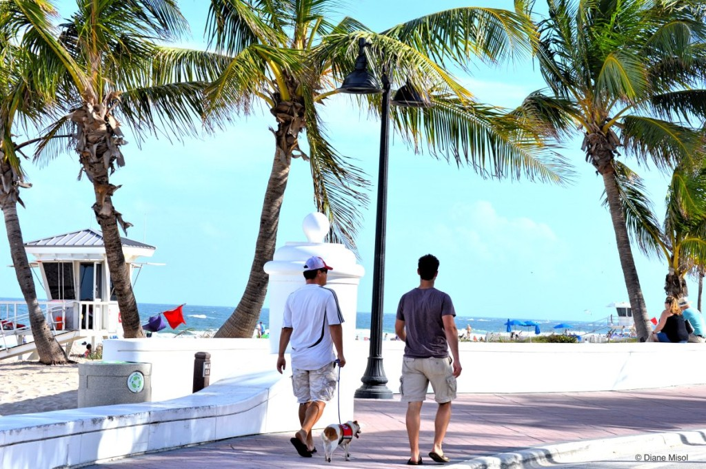 Strolling the Promenade, Fort Lauderdale Beach, Florida, USA