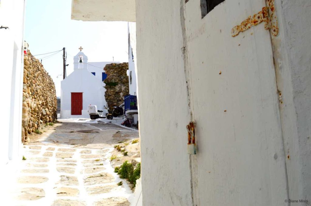 Little Chapel Down the Lane. Mykonos, Greece