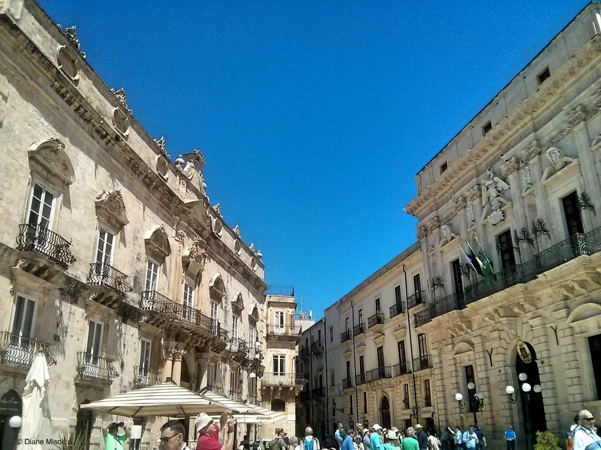 Piazza in Syracuse, Siracusa, Sicily