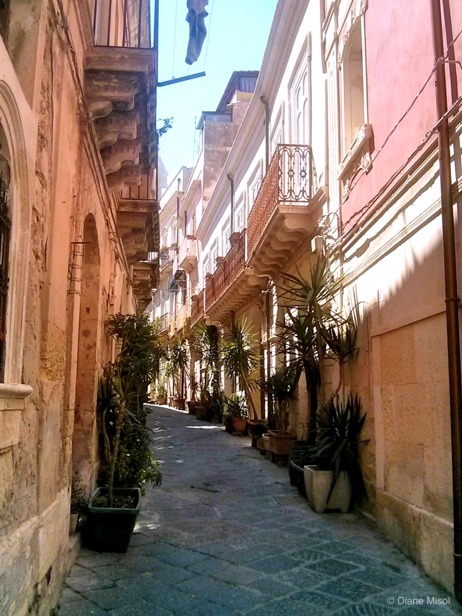 Alleyway Delight, Syracuse, Sicily, Italy