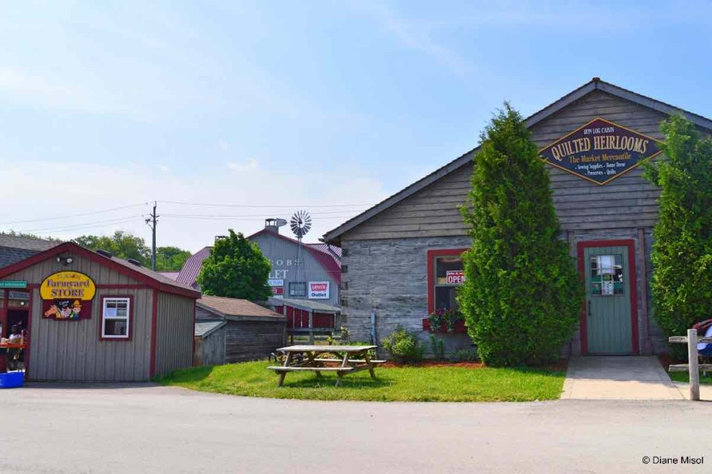 Quilts and Outlet Store, St Jacobs, Ontario, Canada
