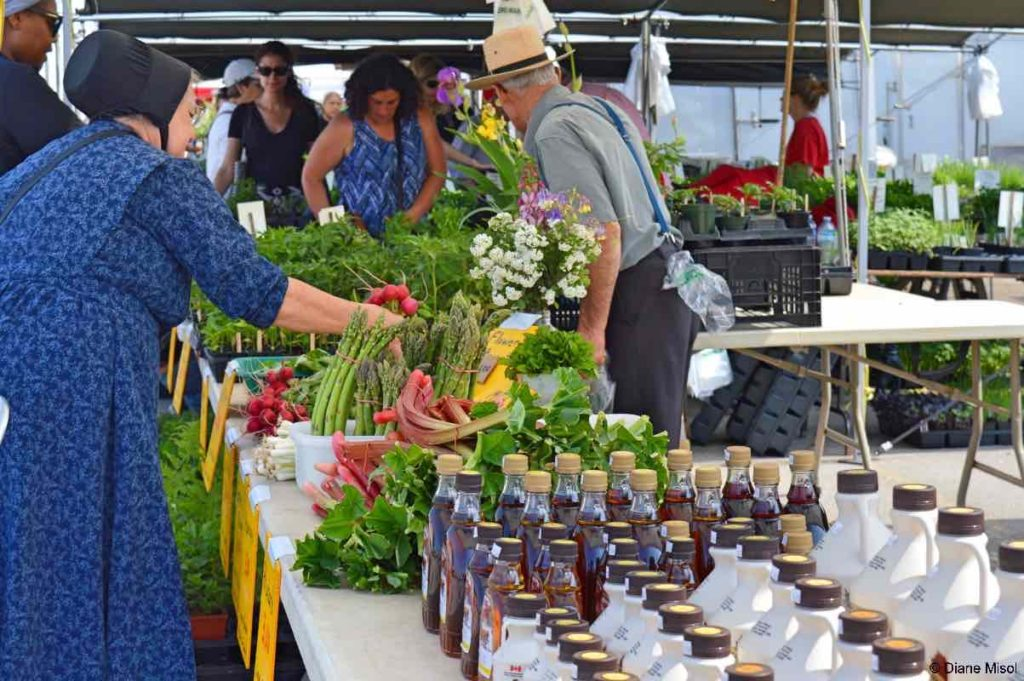 Supporting Local Producers, St Jacobs Farmers Market, Ontario