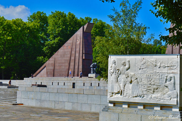 Treptower Park Soviet War Memorial Sarcophagus