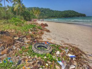 Dirty Sao Beach, The unfortunate other view - Phu Quoc