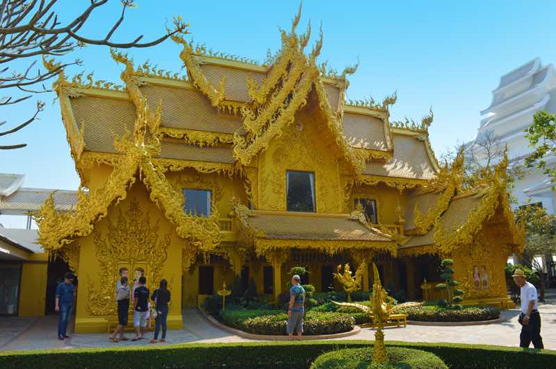Golden Temple - Chiang Rai, Thailand