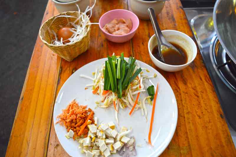 All Ingredients For Pad Thai - Zabb-E-Lee, Chiang Mai