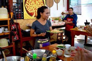 Chef Bow Makes It Look Easy - Chiang Mai Cooking School