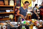 Chef gives Pad Thai Demonstration - Cooking School in Chiang Mai