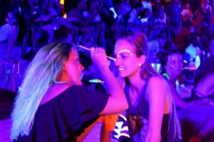 Join the glow - Koh Tao Beach Party