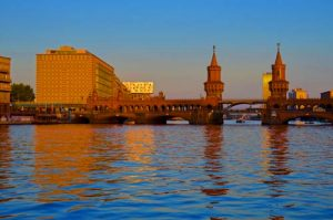 Oberbaum Bridge at Sunset - Spree River Cruise - Berlin -0014