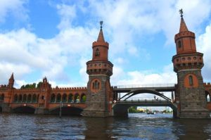 Oberbaum Bridge up Close - Spree River Berlin -0051