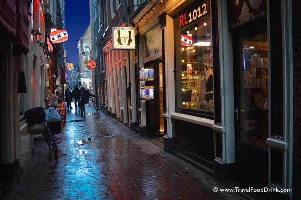 Red Light District, Oudezijds Voorburgwal - Amsterdam