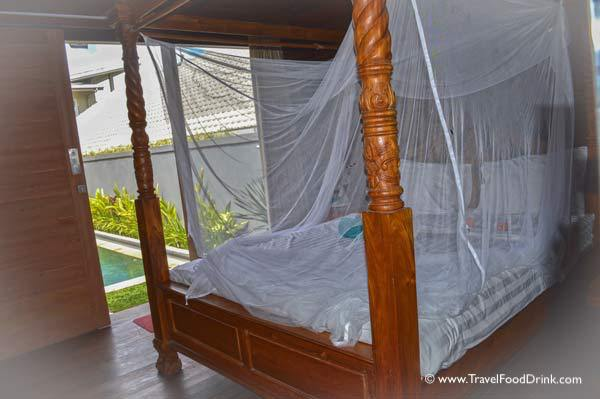Dreamy Poster Bed - Sleepy Gecko Guesthouse, Canggu, Bali