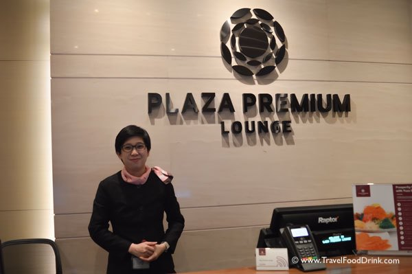 Plaza Premium Lounge Check In - Changi Airport, Singapore
